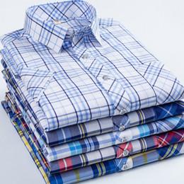 $enCountryForm.capitalKeyWord NZ - 2019 new high-quality Oxford casual men's casual plaid male social shirts 100% cotton short-sleeved men dress shirts size m-5 xl