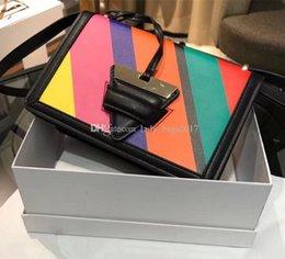 Benzersiz Üçgen Kilidi Gerçek deri 23cm Messenger omuz Çanta Çanta ile Lüks Klasik Tasarımcı çanta Graffiti Gökkuşağı Lolipop Çanta indirimde