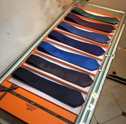 Großhandel Designer Krawatte Herrenmode Business Krawatte perfekte Größe einfachen Stil Top Jacquard Twill Seidenkrawatte Top-Qualität