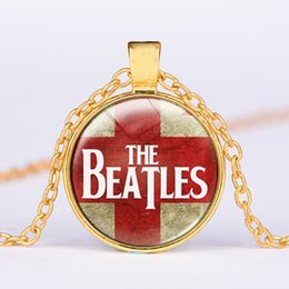$enCountryForm.capitalKeyWord Australia - Europe and the United States hot British flag Beatles glass alloy pendant necklace Professional wholesale foreign trade accessories