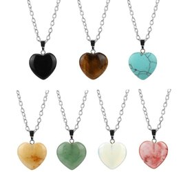 Wholesale Natural Love Heart Necklaces Pendants for Lover Gem Stone Pink Quartz White Crystal Healing Necklace Charm Jewelry