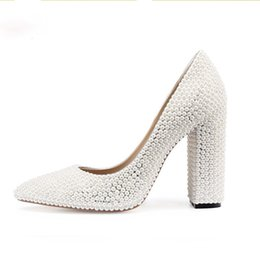 pearl bride UK - Bride Wedding Shoes 2019 Chunky Heel Banquet Party Shoes Fashion White Pearl Prom High Heels Pointed Toe Lady Pumps Size 41