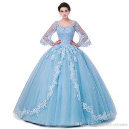 Venta al por mayor de Escote redondo Hasta el suelo vestido de fiesta Vestidos de quinceañera Mangas de bengala Dulces 15 16 vestidos debutantes a medida