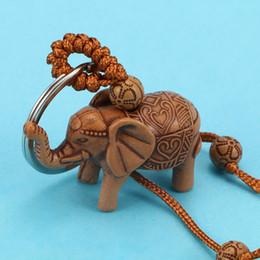 $enCountryForm.capitalKeyWord Australia - 2pcs set 3D Cute Elephant Horse Pattern Lucky Lovers' Carving Wooden Pendant Keychain Gift Accessories