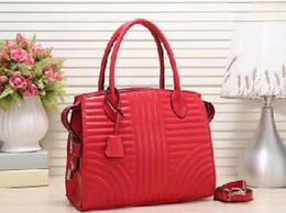$enCountryForm.capitalKeyWord Australia - 2019 Lady Hand bag PU Leather Handbags Designer Fashion Lady Shoulder Bags Women Wallet Clutch Tote bag red Vertical stripe Casual Tote