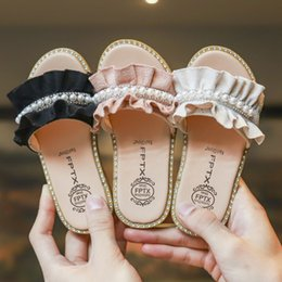 $enCountryForm.capitalKeyWord Canada - 2019 Summer new Girls slippers kids rhinestones pearl princess sandals children suede falbala non-slip slippers fashion kids shoes F4163