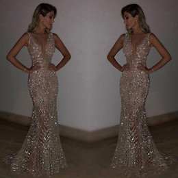 2020 New Glitz Sequined Sexy V Neck Simple Evening Dresses Sleeveless Backless Floor Length Celebrity Party Prom Gowns Custom Made from plus size mini business dresses manufacturers