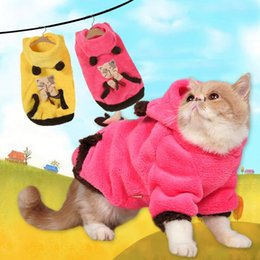 Wholesale Cute Warm Winter Pet Cat Clothes Soft two sided Coral Fleece Cat Hoodies Dog Clothes for Small Sphinx Pet Puppy