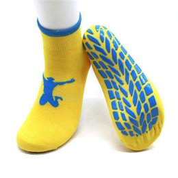 direct hoses NZ - Trampoline Socks Adult Children Glue Non Slip Yoga Dance Stockings Indoor Entertainment Place Bouncing Hose Factory Direct Selling 2 5mm p1
