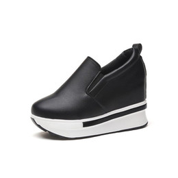 China Hidden Heel White Sneakers Loafers 2019 Spring New Student Platform High Heel Ladies Casual Black Shoes Woman Fashion Sneakers cheap ladies white loafers suppliers