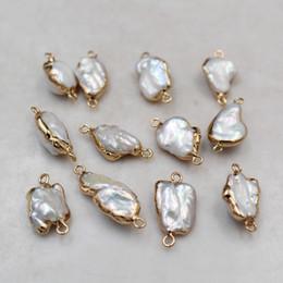 10pcs / lot unique 14 K plissés cuivre Rim Perles irrégulières perles d'eau douce naturelles baroques Finds de bijoux pour boucles d'oreilles Bracelet Faire bricolage en Solde