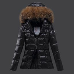 Nuevas mujeres de invierno chaquetas de pluma de ganso engrosadas con capucha de piel real parkas 90% pato blanco abajo Abrigo con doble cremallera en venta