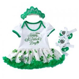 China Baby Dress Sets Saint Patrick's Day Girls Bodysuit Tutu Skirt Sleeveless Romper Dress Lace Ruffle Crown Headband Clothing GGA1584 supplier baby girl romper skirt tutu suppliers