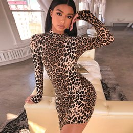 leopard print bodycon dresses Canada - Leopard print backless lace up bodycon mini dress 2019 women sexy long sleeve tight skirt A tight leopard-print skirt that covers the hips