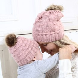 Kids Winter Beanies Australia - 2Pcs Mom And Baby Hat With Pompom Warm Winter Knitted Hats For Kids Cute Warm Parent-Child Hat Pom Pom Winter Bobber Beanie Cap