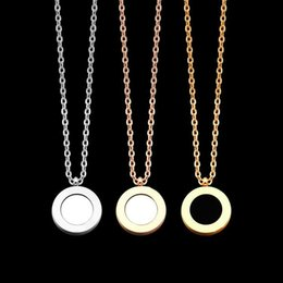 double rose black white Australia - 2020 designer b black and white double-sided Shell Necklace titanium steel Rose Gold 18k rose gold lady Necklace