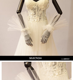 White Wedding Dresses Gloves Australia - Best selling original Korean beautiful umbrella lace white yarn gloves bride wedding dress wedding accessories photo style