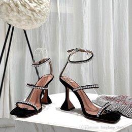 $enCountryForm.capitalKeyWord Australia - Summer new style open toe buckle horseshoe sexy shoes leather rhinestone fashion sandals high heels