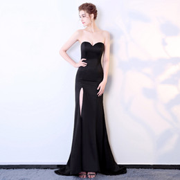 korean evening dresses Australia - Black sexy evening dress Korean version slimming breast driving forklift model party dinner party evening dress