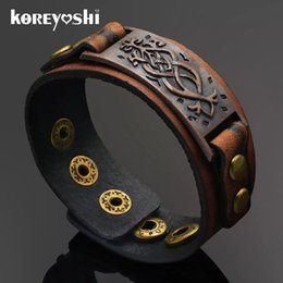 $enCountryForm.capitalKeyWord Australia - Wholesale-Punk Unisex Wide Rivet Genuine Leather Bracelet Mens Womens Wrap Bracelet Bangle homme Retro Khaki Color 2016 Fashion Jewelry