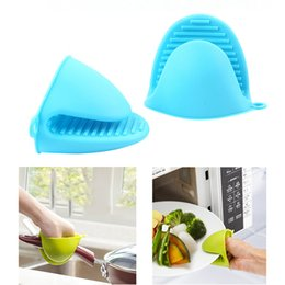 oven plates UK - Microwave Oven Gloves Insulated Heat Resistant Plate Clip Anti-slip Kitchen Organizer Silicone Pot Clips Dish Bowl Holder 500pcs OOA2474