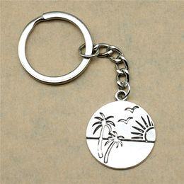 $enCountryForm.capitalKeyWord Australia - 1 Piece Keychain Car Key Seaside Sunrise Beach Seagull Diy Jewelry Making Gift For New Year 29x25mm Pendant Antique Silver