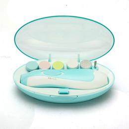 Venta al por mayor de Nail Trimmer eléctrico automático de bebé bebé de manicura con la luz delantera LED de uñas Cuidado Infantil Niños Tijeras eléctrica uñas Kit GGA3501-1