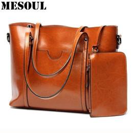 Women Casual Tote Genuine Leather Handbag Bag Fashion Vintage Large  Shopping Bag Designer Crossbody Bags Big Shoulder Female 8dce65d92f4a8