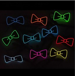 light up bow tie 2019 - LED Bow Tie Glowing Neck Tie DJ Bar Club Evening Party Halloween Christmas Festival Bow Tie Fashion Wedding Glow Props L