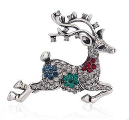 wholesale rhinestone brooches Australia - Christmas gift sika deer crystal diamond brooch pin alloy rhinestone female fashion animal sweater pin creative diamond studded boutonniere