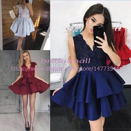 China Layers Ruffles Satin 8th Grade Homecoming Dresses 2019 Simple V Neck Short Prom Dresses For Teens Cheap Mini Cocktail Party Gowns Graduation cheap dress for 8th grade graduation suppliers