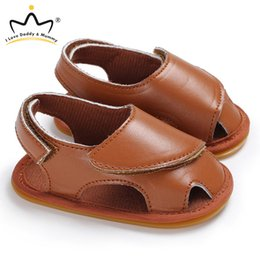 brown toddler sandals Canada - Summer New Baby Sandals Solid Color Soft PU Leather Baby Boy Girl Sandals Non-slip Rubber Sole Toddler Shoes