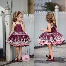 Fabulous ball gowns online shopping - Fabulous Lace Tiered Flower Girls Dresses For Weddings Baby Birthday Girls Communion Formal Wears Knee Length Pageant Ball Gown