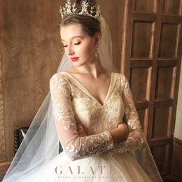 $enCountryForm.capitalKeyWord NZ - 2019 Luxury sexy wedding dress,white,deep v-neck,classic lace,super luxury train,court style,slim,long sleeve,modern