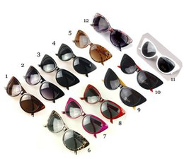 sexy sunglasses wholesale 2019 - luxury designer sunglasses fashion brand womens sunglasses for woman Classic retro sexy cat eyes vintage sunglasses 7704