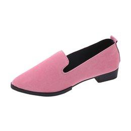3394da698c3 Tallas grandes 35-45 Zapatos planos para mujer Resbalón en los zapatos  planos Mujer del color del caramelo Zapatos del barco Mocasines negros Faux  Suede ...