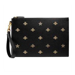 $enCountryForm.capitalKeyWord UK - 19 spring and summer men's black bee star pattern leather clutch 495066 DJ2KT 8474 scheduled products around a week delivery