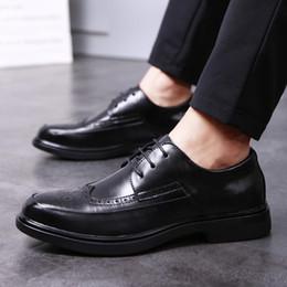 Mens wingtip dress shoes online shopping - mens wedding shoes genuine leather brogue shoes men elegant italian mens wingtip shoes zapato hombre formal buty meskie