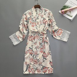 Wholesale women sleeping clothes online – 2019 Women BathRobe Sexy Long Sleeve Summer Night Robe Long Print Lace Pajamas Sleepwear Plus Size Wimen Sleep Beach Spa Clothes