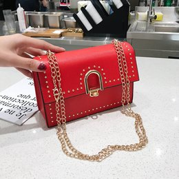Best White Bags Australia - 2019 new shoulder bag female designer high quality simple atmosphere Messenger bag fashion luxury best selling wild chain small square bag