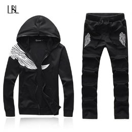 wing tracksuits NZ - Autumn Hoodies Men Set Casual Wing Pattern Printing Mens Tracksuit Winter Zipper Hooded Jacket+Sweatpants Sets chandal hombre