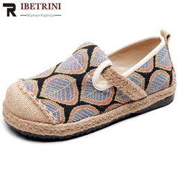 ethnics shoes Australia - RIBETRINI New Lovely Casual Boat Shoes Women Ethnic mixed-color Print Flats 2020 Casual slip-on Low Heel Flats