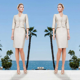 $enCountryForm.capitalKeyWord Australia - 2019 Elegant Mother Of The Bride Dresses With Jacket Knee Length 3 4 Long Sleeve Mother Of The Groom Gowns Plus Size Dress