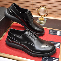 $enCountryForm.capitalKeyWord NZ - Luxury Formal Shoes Men Derby Shoes Leather Footwears Fashion Comfortable Groom Wedding Men Dress High Quality Party Shoes Zapatos de hombre