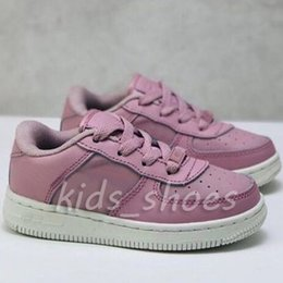 $enCountryForm.capitalKeyWord Australia - New 1 Kids Boys Girsl Children Baby Fashion Desigenr White Brown Pink Blue 1s Trainer Sneakers Bowling Shoes Size Eur28-35