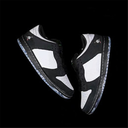 $enCountryForm.capitalKeyWord NZ - 2019 Top Authentic SB Dunk Low Staple Panda Pigeon NOT FOR RESELL Black Green Gusto White Men Women Basketball Shoes BV1310-013 With Box