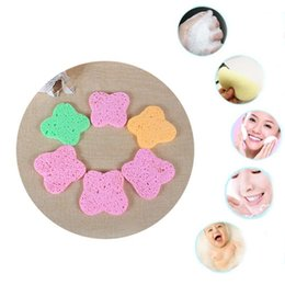 $enCountryForm.capitalKeyWord NZ - 1Pc Natural Compressed Wood Fiber Butterfly Shape Face Wash Cleansing Sponge Candy Color Facial Puff Pad Exfoliator Beauty Makeu
