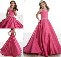 Red gold pageant dResses online shopping - 2019 Fuchsia Girls Pageant Dresses Beads Crew Neck Satin Little Flower Girls Dresses Lace Up Back Teen Kids Formal Birthday Party Gowns