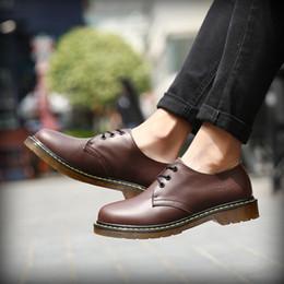 Primavera Botas De Couro Casuais Homens Negros Botas de Moda Sapatos Masculinos Sapatos de Segurança do Trabalho da Juventude Resistente Ao Desgaste HH-1077-2 venda por atacado