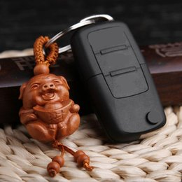 $enCountryForm.capitalKeyWord Australia - 50PCS Natural Wood Carved Pig Shaped Key Chain Key Ring Key Holder Lucky Keychain Jewelry Gift For Car Accessories AIJILE